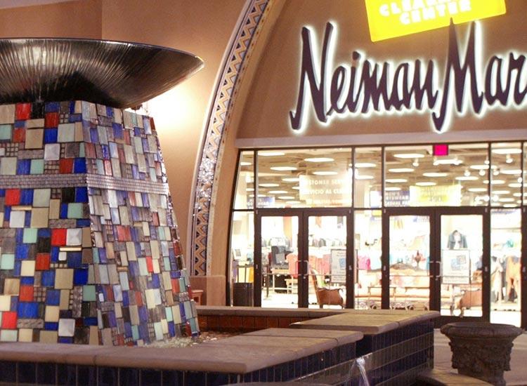 Las Americas Premium Outlets Neiman Marcus