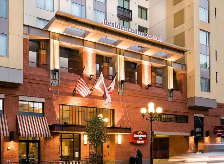 Residence Inn Gaslamp Entrance