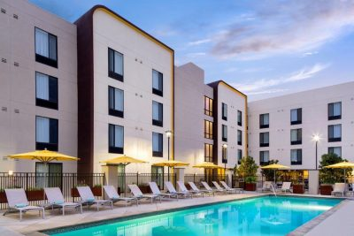 Spring Hill Suites Pool